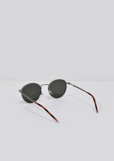 sense dark glasses