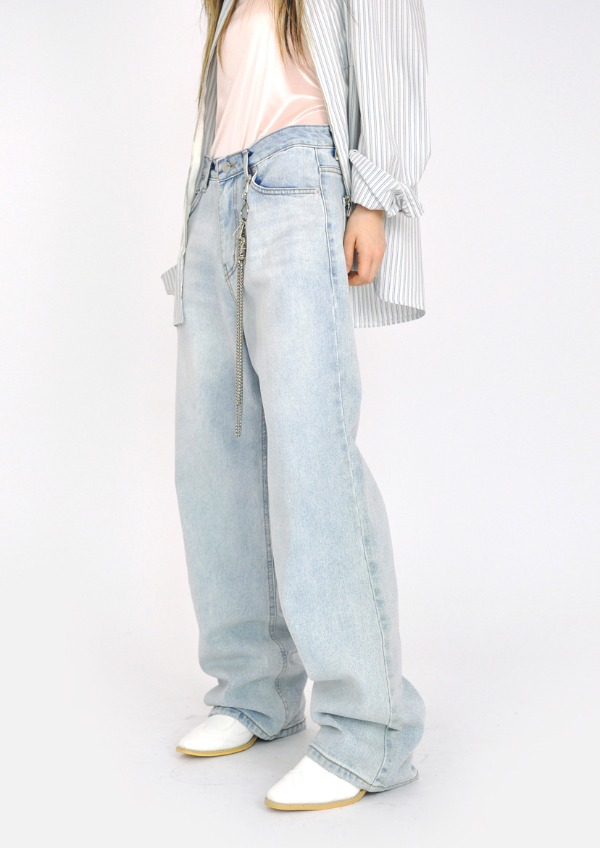light vintage denim pants
