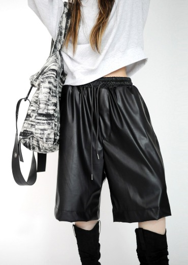 east leather shorts(3color)
